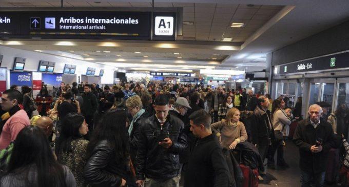 Cancelan vuelos a Buenos Aires y Córdoba por huelga general en Argentina