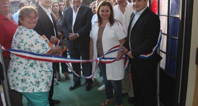 Pabellones nuevos y reacondicionados en el Hospital de Lambaré