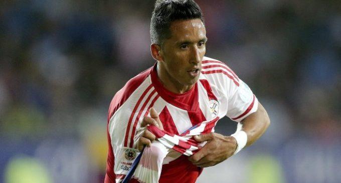 Lucas Barrios jugará en Argentinos Juniors