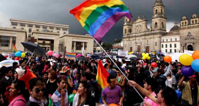 Corte Interamericana de DD HH ordena que países reconozcan el matrimonio gay