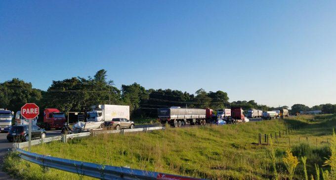 Levantan paro de camioneros