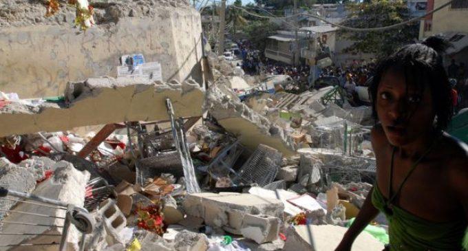 """Escándalo de """"fiestas con prostitutas"""" en Haití involucra a la organización humanitaria Oxfam"""