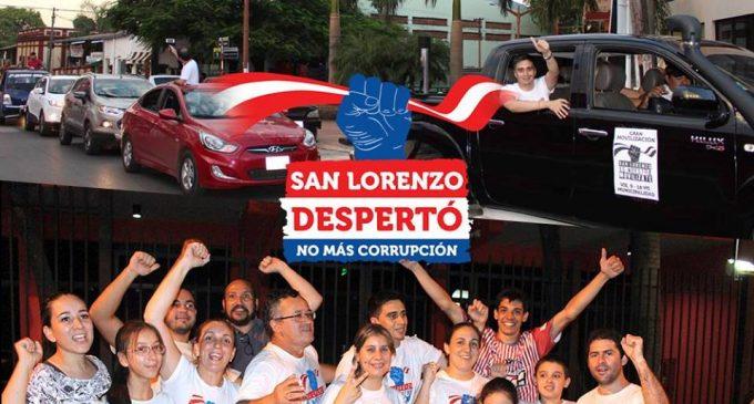 San Lorenzanos indignados se manifestaron por estacionamiento tarifado, baches y cloacas