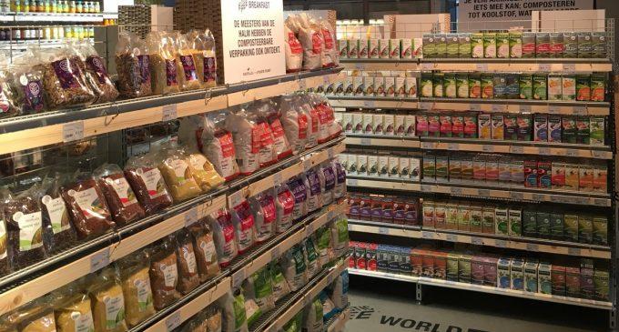 Holanda presentó el primer supermercado en el mundo con pasillo libre de plástico