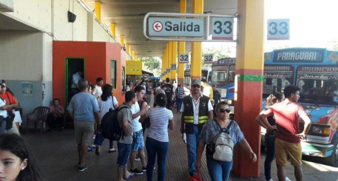 Hay menos pasajeros porque muchos no cobraron, explican en la Terminal