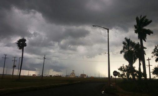 Anuncian jueves con lluvias y tormentas eléctricas