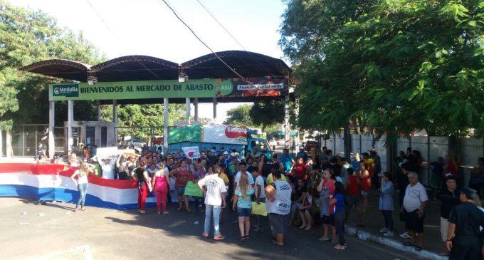 Manifestación en el Mercado de Abasto