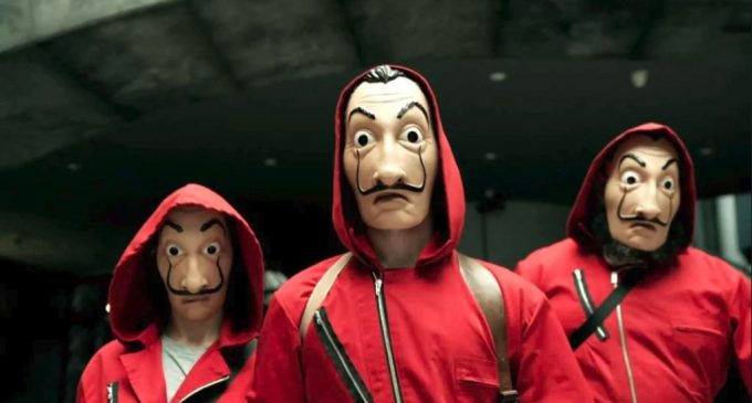 """Detuvieron a banda que asaltaba utilizando máscaras de """"La Casa de Papel"""""""