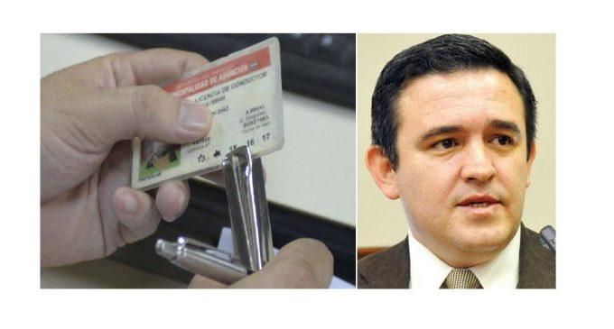"""Petta dice que cobro de perforación de licencias por parte de OPACI es una """"estafa"""""""