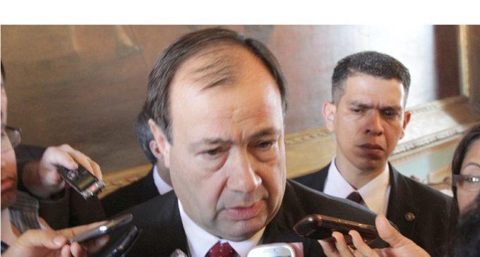 Congreso acepta renuncia del vicepresidente Afara