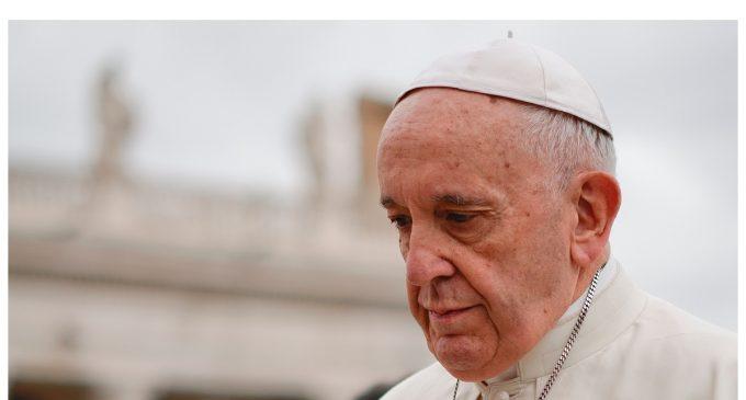 """""""Profundamente perturbado"""": Papa Francisco clama por una acción común para llegar a la paz en Siria"""