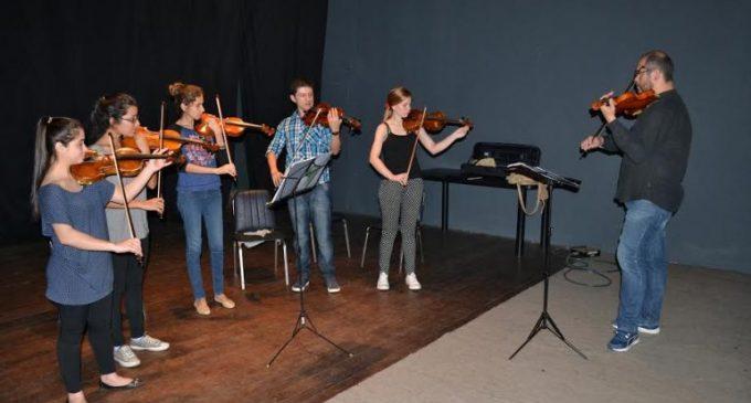 Promueven música de cámara para jóvenes músicos