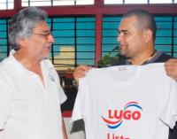 Chilavert pide votar por Marito y las redes le recuerdan su pasado con Lugo