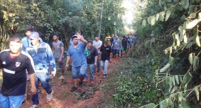 """""""Necesitamos al menos 50 hectáreas para estas familias"""", dicen líderes invasores"""