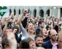 """El """"sí"""" a la reforma la ley del aborto gana el referéndum en Irlanda"""