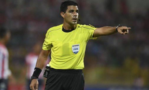 Enrique Cáceres dirigirá el superclásico