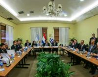 Ajustan detalles de candidatura de Paraguay, Argentina y Uruguay para el Mundial 2030