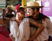 Serenata para Asunción y para las madres