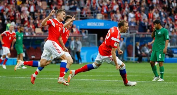 Rusia golea en el inicio de su mundial