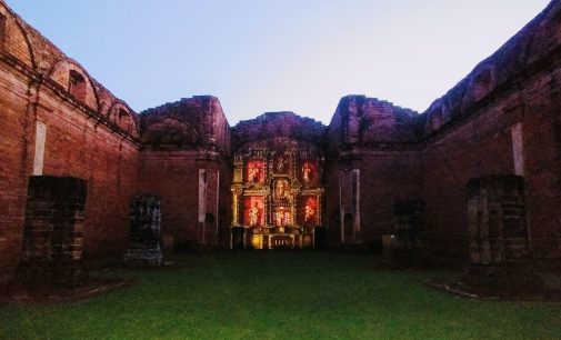 Inauguran videomapping 3D en la Misión de Jesús de Tavarangué
