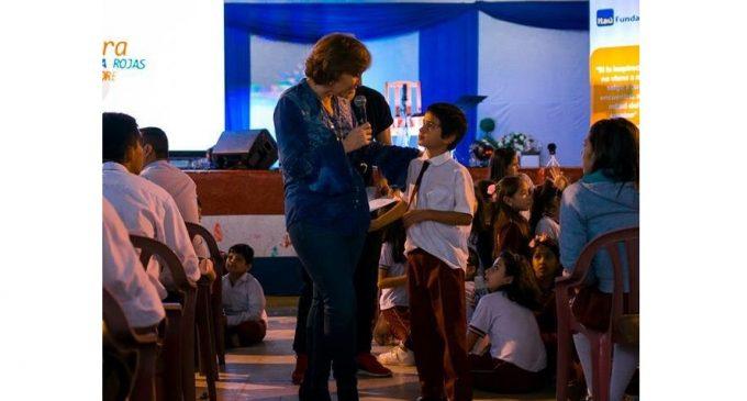 """Berta Rojas realiza gira por colegios de Canindeyú: """"Me hace feliz hablar con la juventud"""""""