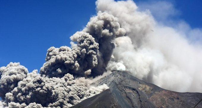 El volcán de Fuego de Guatemala incrementa su actividad explosiva