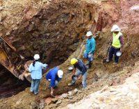 Extracción de oro legal vs ilegal: US$ 2 millones por año vs US$ 4 millones al mes