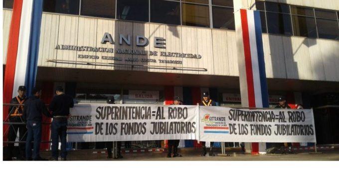 Sindicatos preparan manifestación contra creación de Superintendencia del IPS