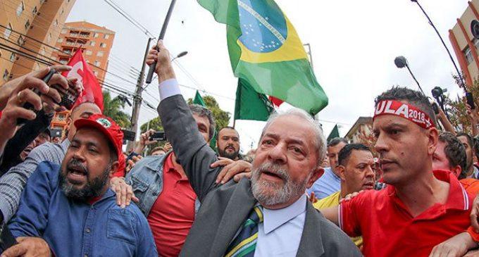 A pesar de seguir prisión, inscribirán a Lula da Silva como candidato para próximas elecciones