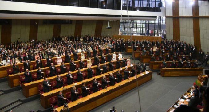 Ven con poca probabilidad cumplimiento de seguro de IPS para parlamentarios