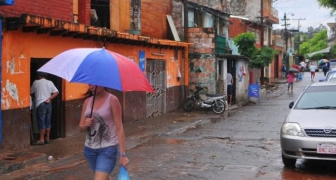 Martes fresco y con posibles lluvias
