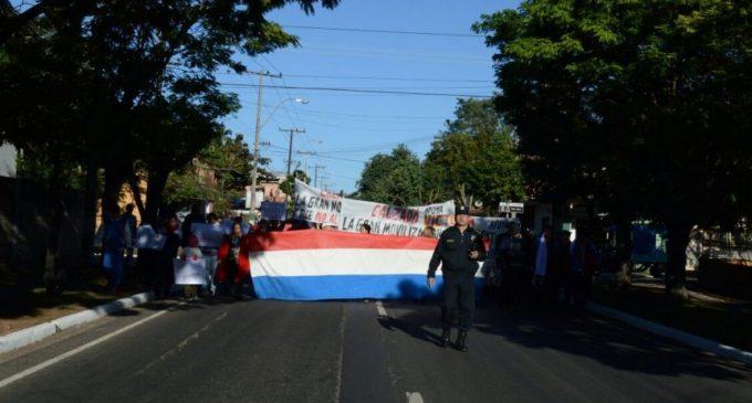 Zapateros cerraron ruta en protesta contra contrabando masivo de calzados