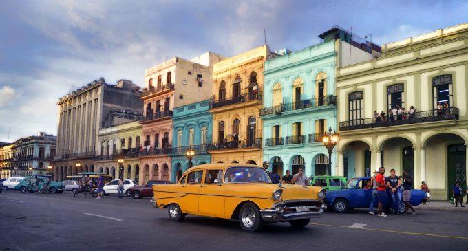 Nueva Constitución de Cuba limitará a 10 años el mandato presidencial