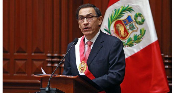 Presidente del Perú convoca a referéndum para reforma judicial y reelección de parlamentarios