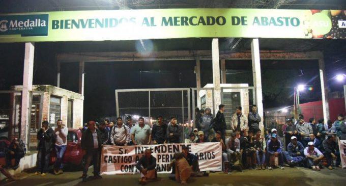 Manifestantes protestan contra ingreso masivo de productos de contrabando