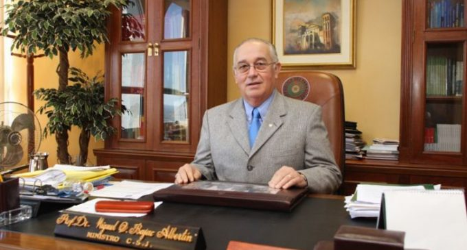 A pesar de su renuncia, continuará investigación de pedido de coima que involucra a exministro de Corte