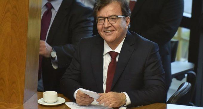 Senador afirma que ya hay votos suficientes para otorgar dirección de Yacyretá a Nicanor