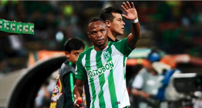 Camilo Zúñiga se despide del fútbol