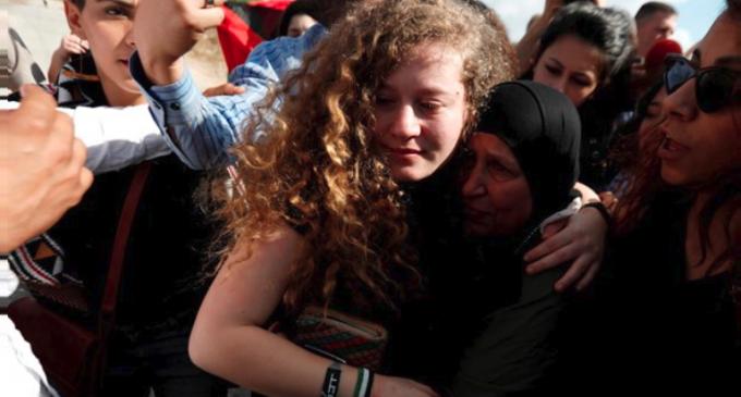 Ahed Tamimi salió de la prisión israelí
