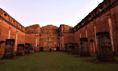 Novedoso 'Mapping 3D' en la Misión de Jesús recrea las huellas de los jesuitas en Paraguay