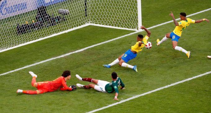 Brasil elimina a México en octavos