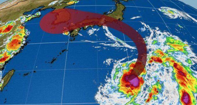 Casi 400 vuelos son cancelados en Japón por amenaza de tifón