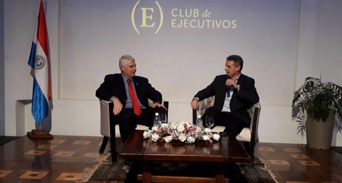 Club de Ejecutivos escuchó al futuro ministro de Obras