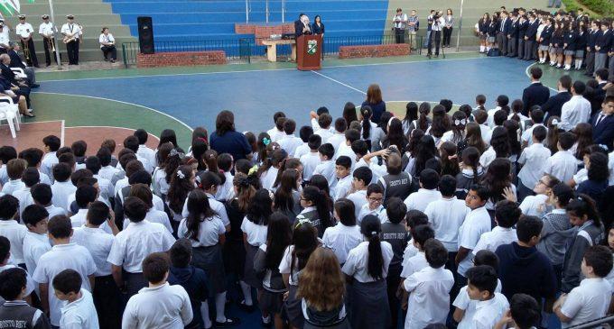 """Colegios jesuitas organizan marcha contra parlamentarios corruptos y """"blanqueamiento"""""""