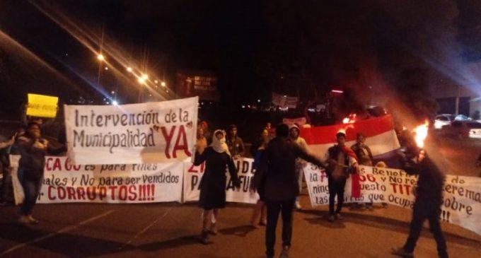 Manifestantes fueron agredidos durante escrache a Zacarías Irun