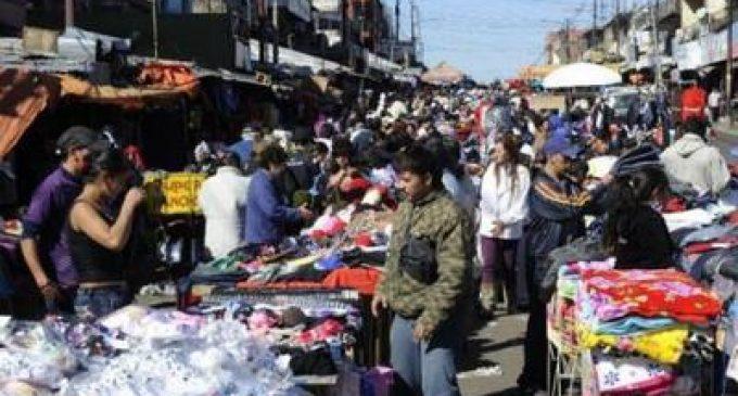 """Permisionarios realizan el """"Agosto Off"""" en el Mercado Nº4"""