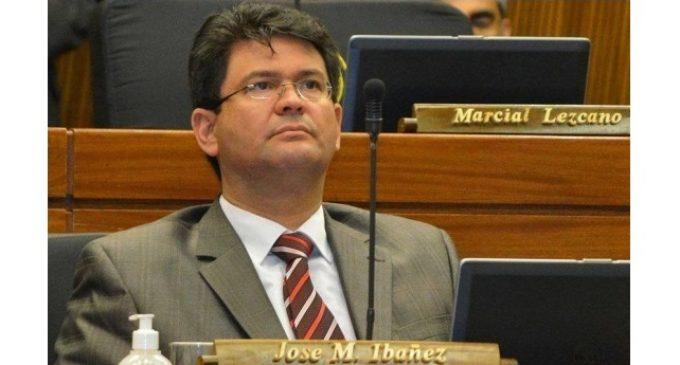 """Club de Ejecutivos se acopla a indignación y repudio por """"blanqueo"""" a diputado Ibáñez"""