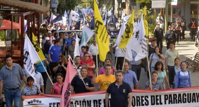 Sindicatos preparan masiva manifestación contra ley de Superintendencia de jubilaciones