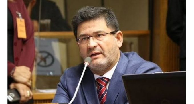Hotel se suma a protesta y se reserva derecho de admisión de José María Ibáñez