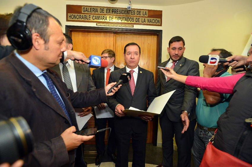 Presidente de Diputados promete acabar con 'planilleros'